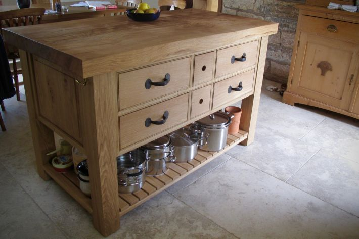 Kitchen island - oak
